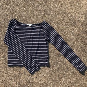 FOREVER 21 navy blue striped cropped long sleeve